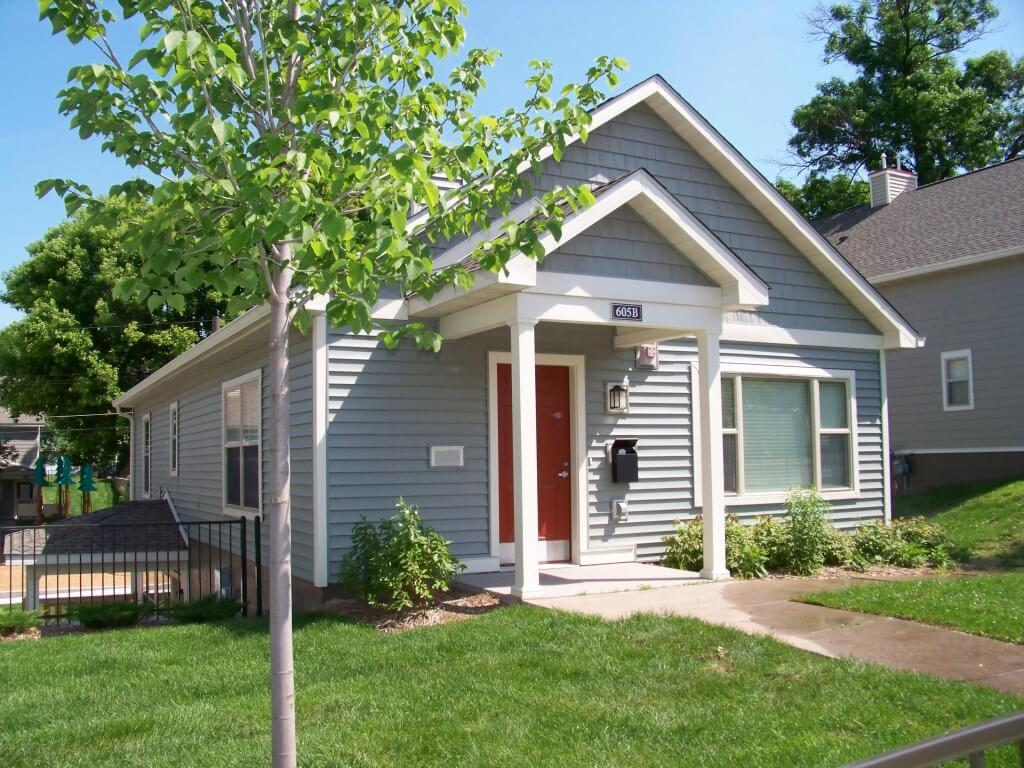 East side commons studio to 4 bedroom apartments in st for Bedroom apartments in st paul mn