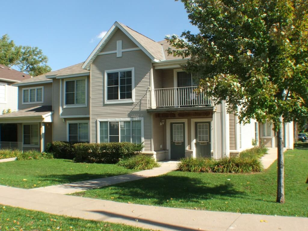 Idaho Ridge Townhomes 2 3 Bedroom Townhomes In St Paul Mn