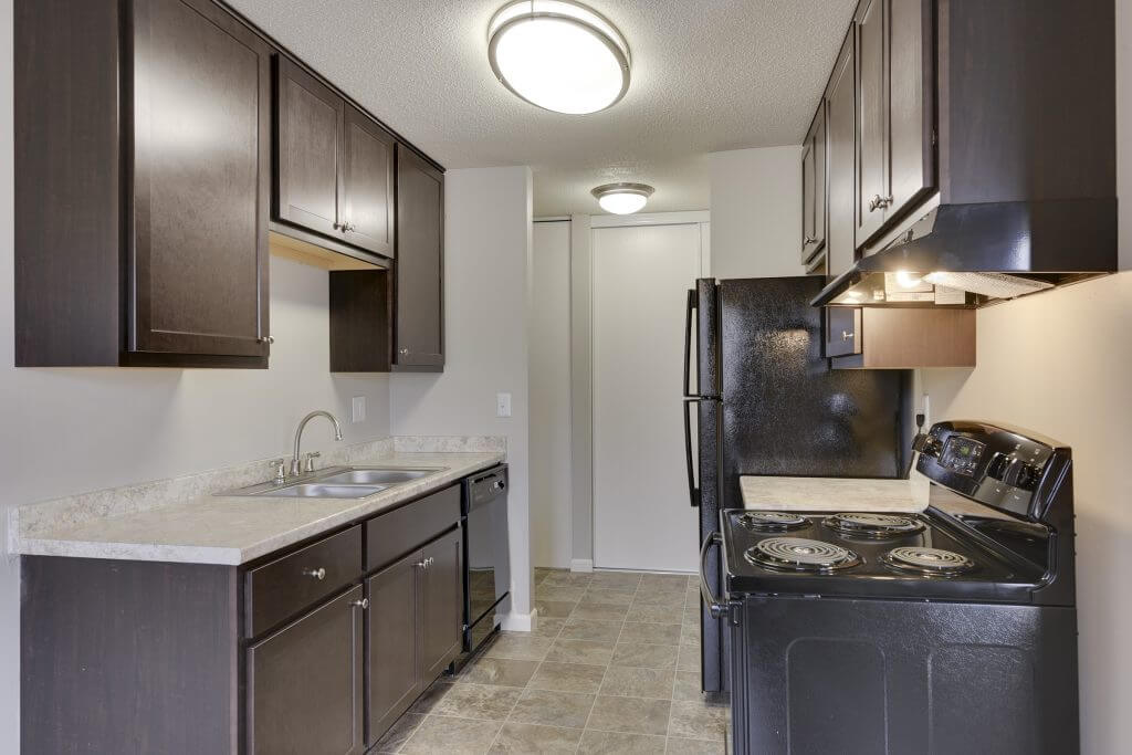 Villa Del Coronado 1 2 Bedroom Apartments In Brooklyn Park MN