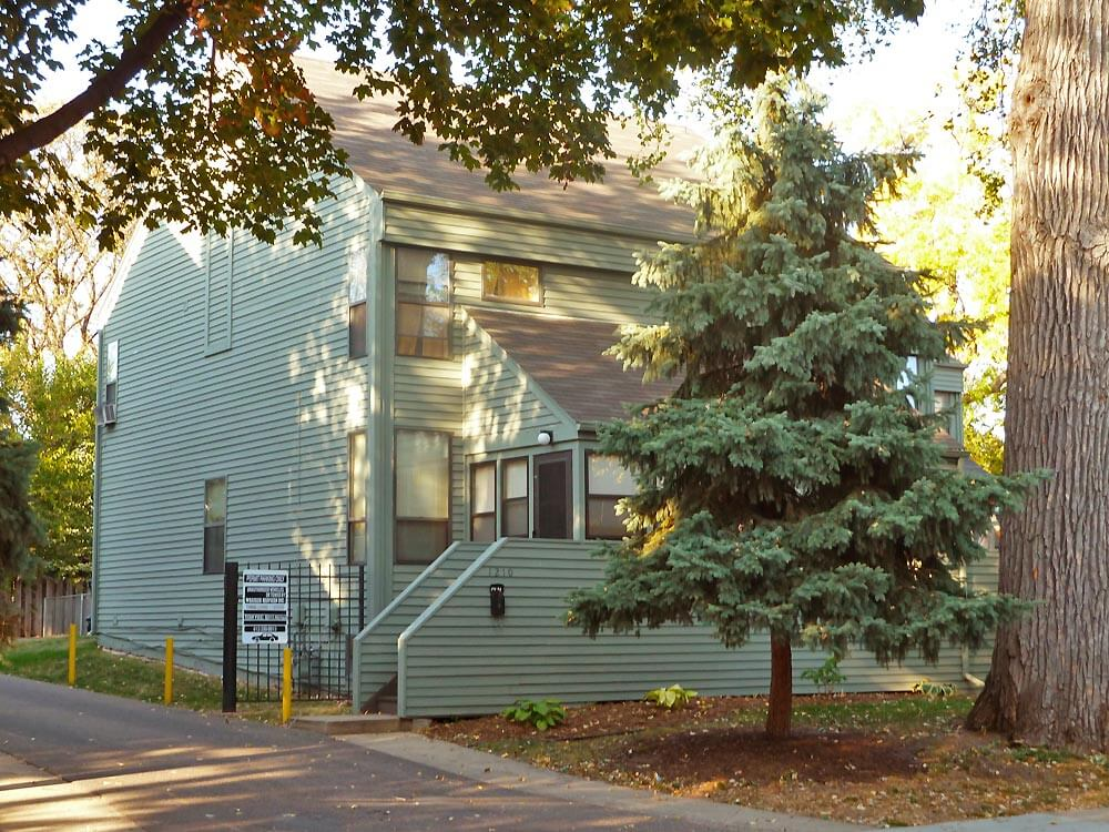 Seven Spruce 3 Bedroom Apartments In Minneapolis Mn